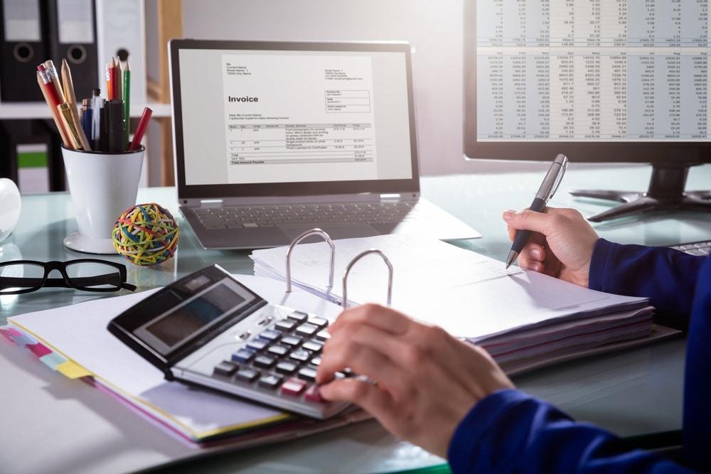client won't pay invoice