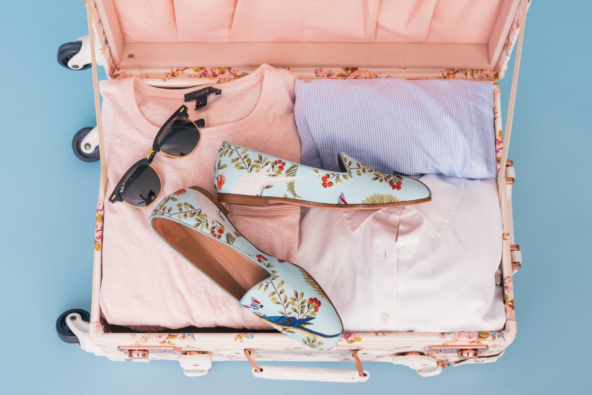 minimalist packing list