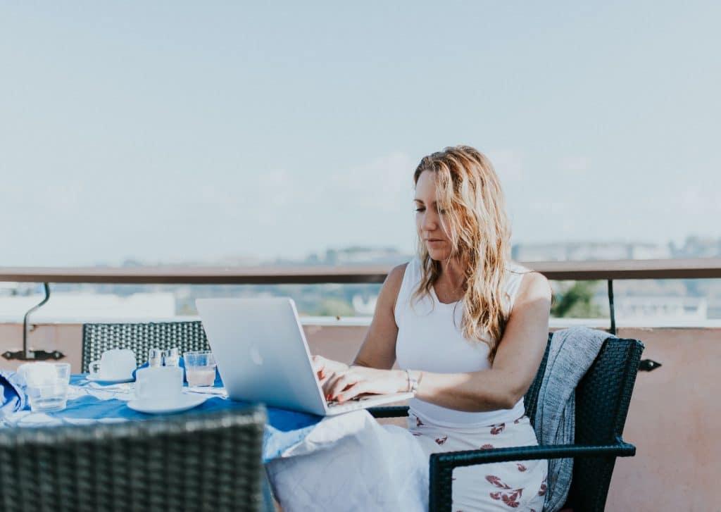 best portable wifi hotspots for digital nomads